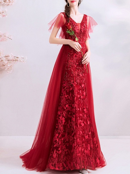 A-Line Wedding Dresses V Neck Sweep \ Brush Train Polyester Short Sleeve Romantic Plus Size Red_2