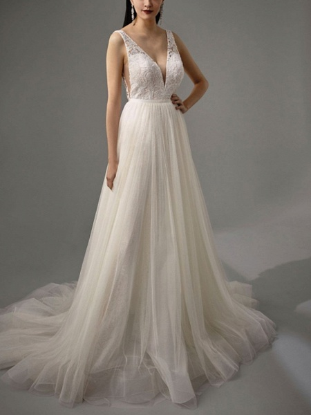 A-Line Wedding Dresses V Neck Court Train Tulle Sleeveless Vintage Sexy Wedding Dress in Color_3
