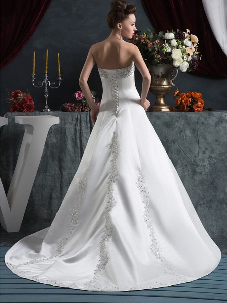 A-Line Strapless Court Train Satin Strapless Wedding Dresses_3