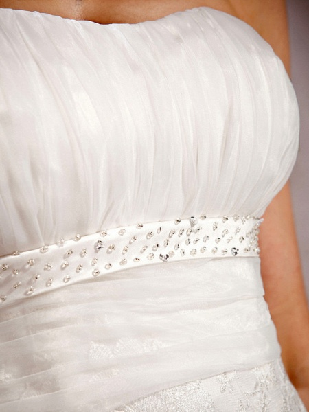 Princess A-Line Wedding Dresses Sweetheart Neckline Court Train Lace Sleeveless Floral Lace_7