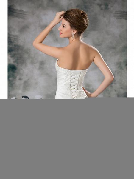 A-Line Sweetheart Neckline Chapel Train Lace Satin Strapless Wedding Dresses_6