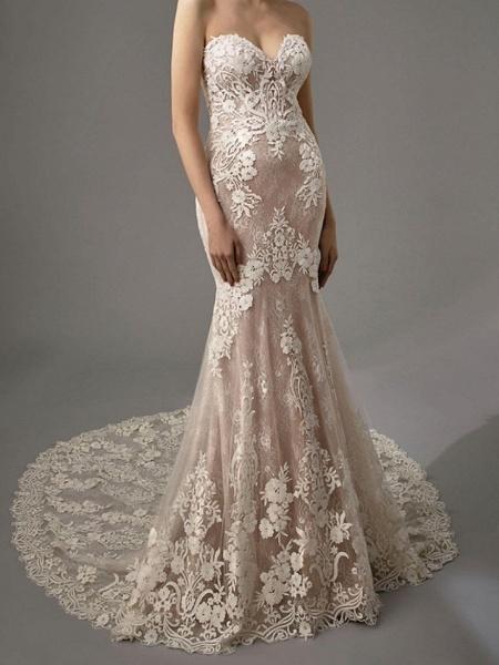 Sheath \ Column Sweetheart Neckline Chapel Train Lace Sleeveless Vintage Sexy Wedding Dress in Color Wedding Dresses_5