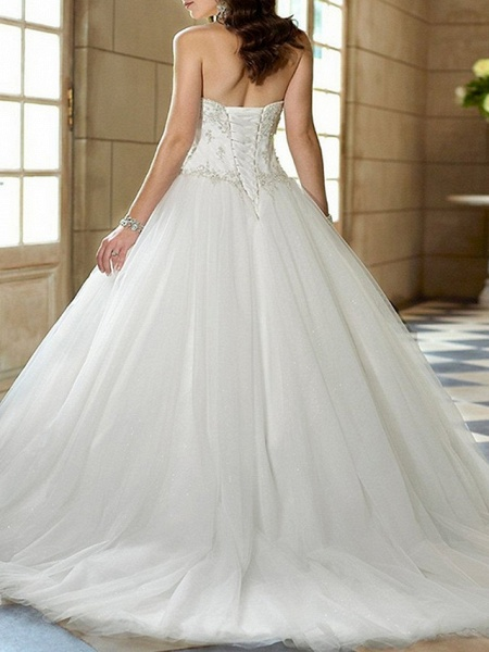 A-Line Sweetheart Neckline Sweep \ Brush Train Tulle Strapless Glamorous \ Vintage Plus Size Wedding Dresses_2