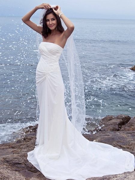 Sheath \ Column Wedding Dresses Strapless Court Train Chiffon Strapless Beach Plus Size_4