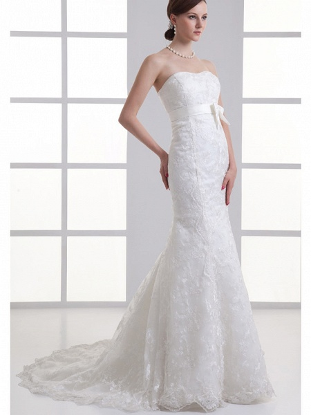 Mermaid \ Trumpet Sweetheart Neckline Chapel Train Lace Satin Strapless Wedding Dresses_2