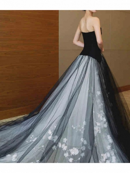 A-Line Strapless Sweep \ Brush Train Polyester Strapless Formal Plus Size Black Wedding Dresses_2