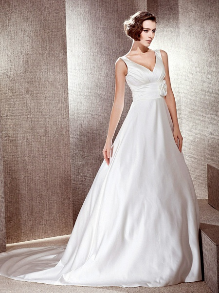 Princess A-Line Wedding Dresses V Neck Cathedral Train Satin Sleeveless_3