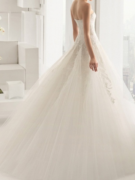 A-Line Wedding Dresses Strapless Sweep \ Brush Train Lace Sleeveless Beach_3