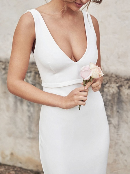 Sheath \ Column Wedding Dresses V Neck Chapel Train Tulle Sleeveless Country Sexy Wedding Dress in Color See-Through_2