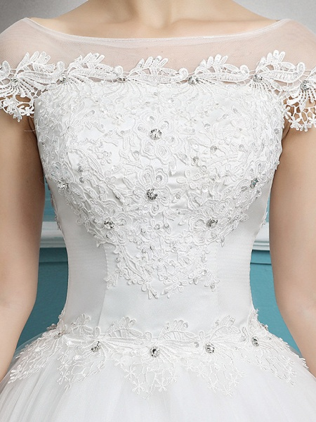 Ball Gown Wedding Dresses Bateau Neck Floor Length Lace Tulle Polyester Short Sleeve Romantic_6