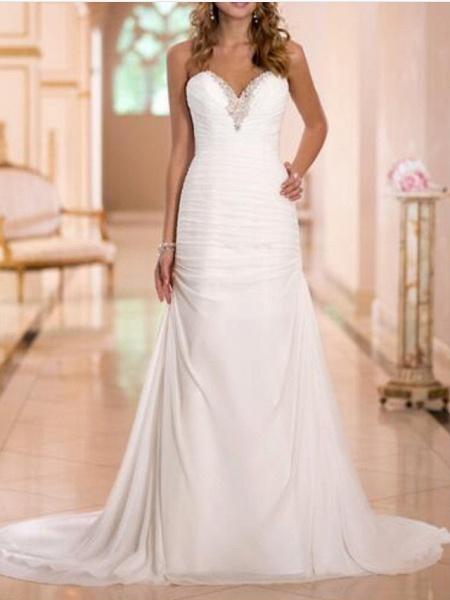 Sheath \ Column Wedding Dresses Strapless Sweep \ Brush Train Tulle Strapless Formal Plus Size_1