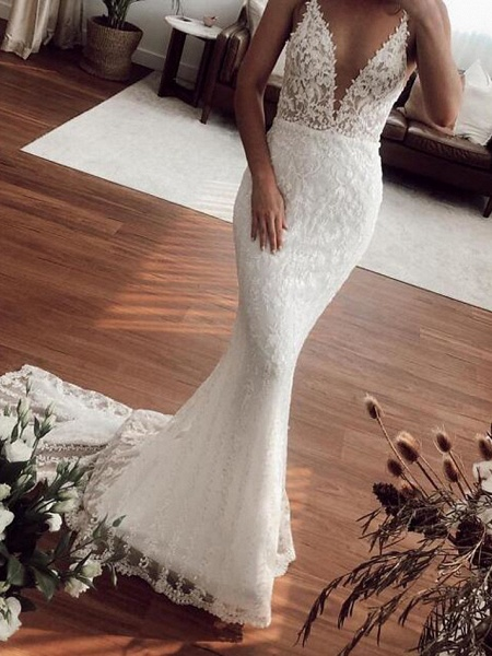 Mermaid \ Trumpet Plunging Neck Sweep \ Brush Train Lace Tulle Sleeveless Country Plus Size Wedding Dresses_3