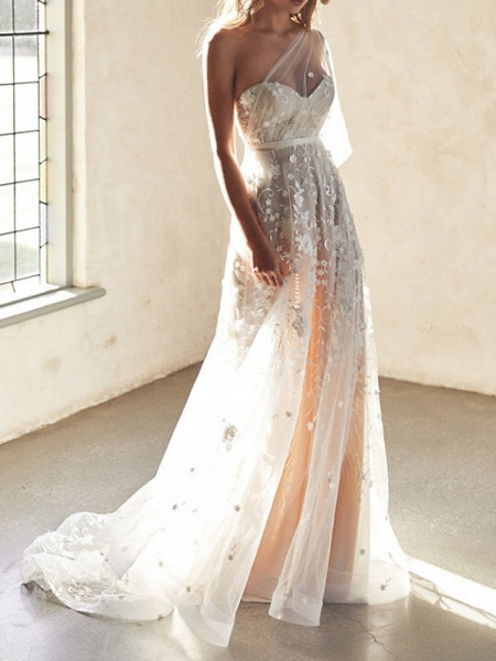 A-Line Wedding Dresses Sweetheart Neckline Court Train Lace Sleeveless Sexy Wedding Dress in Color See-Through_1