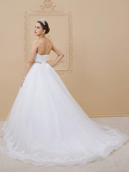 Ball Gown Sweetheart Neckline Chapel Train Tulle Lace Over Tulle Strapless Glamorous Sparkle & Shine Wedding Dresses_2