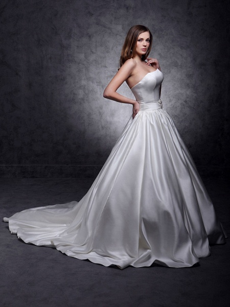 Princess Wedding Dresses Strapless Chapel Train Satin Sleeveless_8