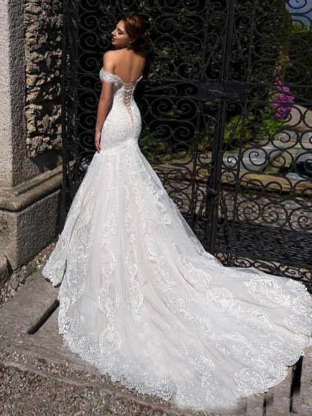 Mermaid \ Trumpet Off Shoulder Court Train Lace Strapless Formal Simple Casual Wedding Dresses_2