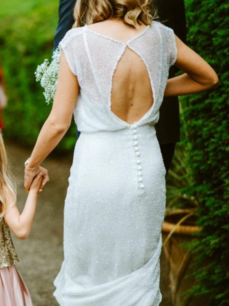 Sheath \ Column Wedding Dresses Jewel Neck Floor Length Tulle Sequined Half Sleeve Beach Sexy_2