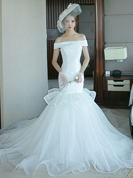 Mermaid \ Trumpet Wedding Dresses Off Shoulder Court Train Tulle Polyester Short Sleeve Plus Size_1