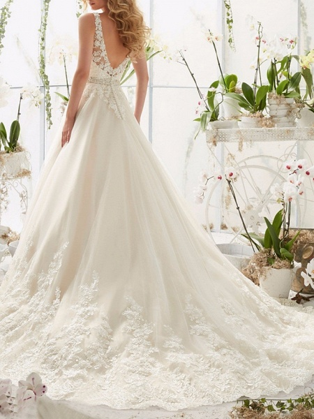 A-Line Wedding Dresses V Neck Court Train Lace Regular Straps_2