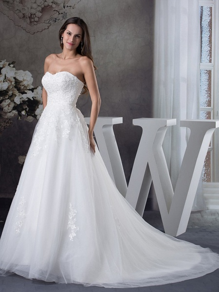 A-Line Sweetheart Neckline Court Train Lace Tulle Strapless Wedding Dresses_2