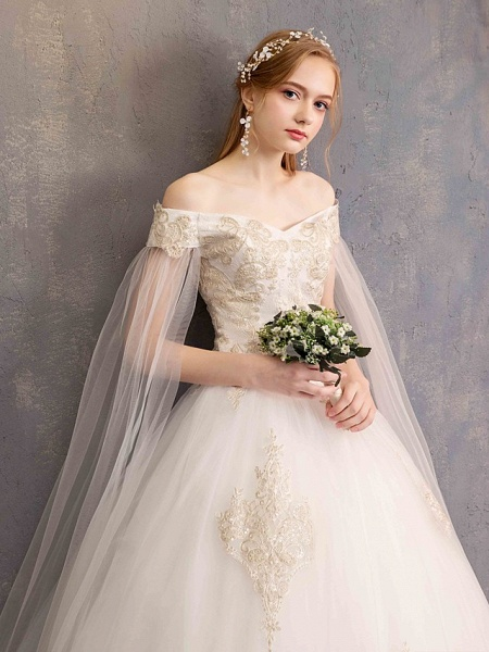 Ball Gown Wedding Dresses Off Shoulder Maxi Tulle Lace Over Satin Short Sleeve Glamorous Illusion Detail_10