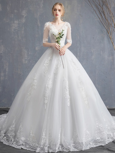 Ball Gown Wedding Dresses Scoop Neck Chapel Train Lace Tulle Sequined Half Sleeve Glamorous See-Through Illusion Sleeve_1