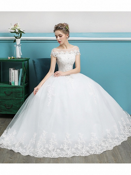 Ball Gown Wedding Dresses Bateau Neck Floor Length Lace Tulle Polyester Short Sleeve Romantic_3