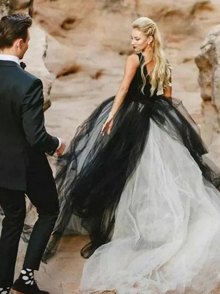 Ball Gown Wedding Dresses V Neck Court Train Tulle Regular Straps Sexy Plus Size Black_3