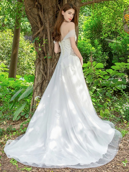 A-Line Wedding Dresses V Neck Court Train Lace Tulle Sleeveless_2