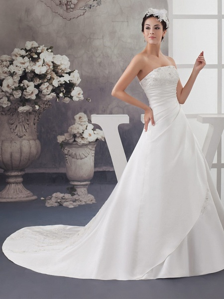 A-Line Strapless Chapel Train Lace Satin Strapless Wedding Dresses_2