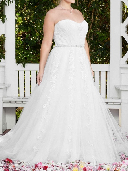 A-Line Wedding Dresses Sweetheart Neckline Court Train Lace Sleeveless Sexy Wedding Dress in Color_5