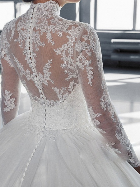 Ball Gown Wedding Dresses High Neck Court Train Tulle Long Sleeve Glamorous Vintage See-Through Backless Illusion Sleeve_2