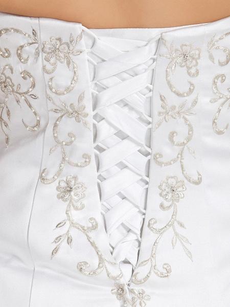 Ball Gown V Neck Court Train Taffeta Regular Straps Glamorous Vintage Plus Size Backless Wedding Dresses_7