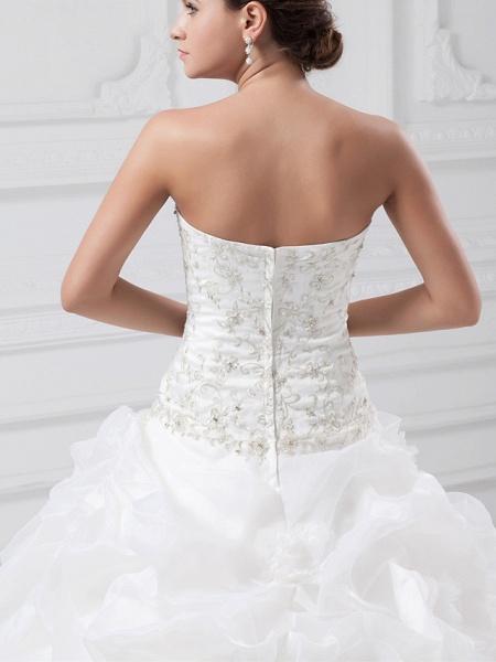 Ball Gown Sweetheart Neckline Chapel Train Organza Satin Strapless Wedding Dresses_6