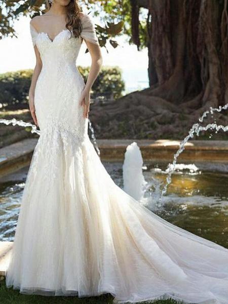 Mermaid \ Trumpet V Neck Court Train Lace Tulle Short Sleeve Formal Wedding Dresses_1