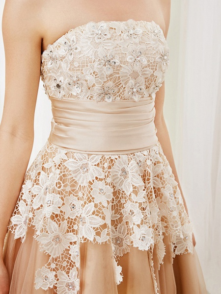 Ball Gown Wedding Dresses Strapless Tea Length Lace Satin Tulle Strapless Romantic Casual Illusion Detail_9