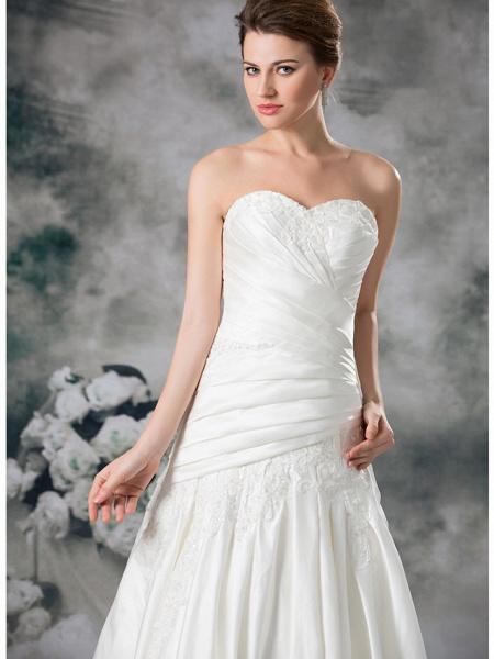 A-Line Sweetheart Neckline Chapel Train Lace Satin Strapless Wedding Dresses_5