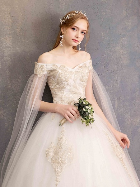 Ball Gown Wedding Dresses Off Shoulder Maxi Tulle Lace Over Satin Short Sleeve Glamorous Illusion Detail_9