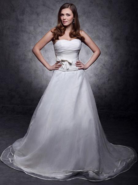 Princess A-Line Wedding Dresses Strapless Sweetheart Neckline Court Train Organza Satin Sleeveless_1