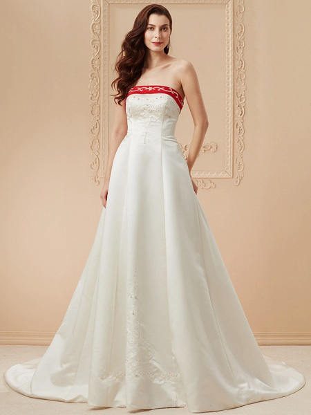 Ball Gown Wedding Dresses Strapless Sweep \ Brush Train Satin Strapless Glamorous Plus Size Red_3