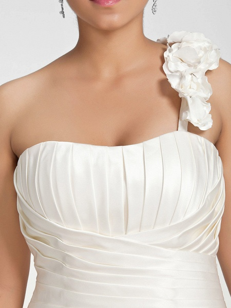 A-Line Wedding Dresses One Shoulder Sweep \ Brush Train Satin Strapless Formal Simple Little White Dress Plus Size_4