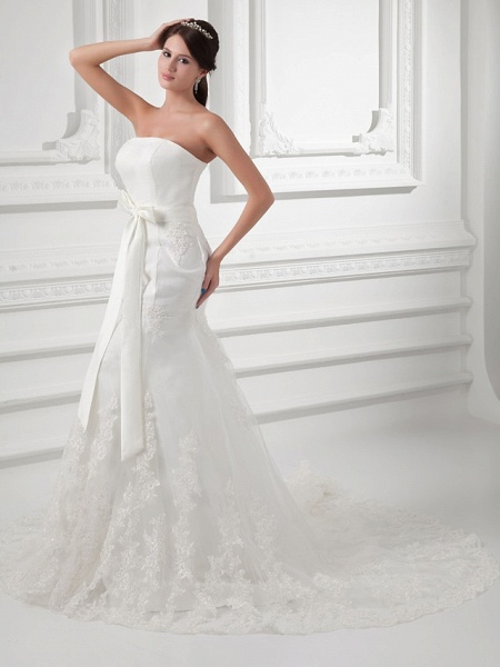 Mermaid \ Trumpet Strapless Chapel Train Lace Satin Tulle Strapless Wedding Dresses_2
