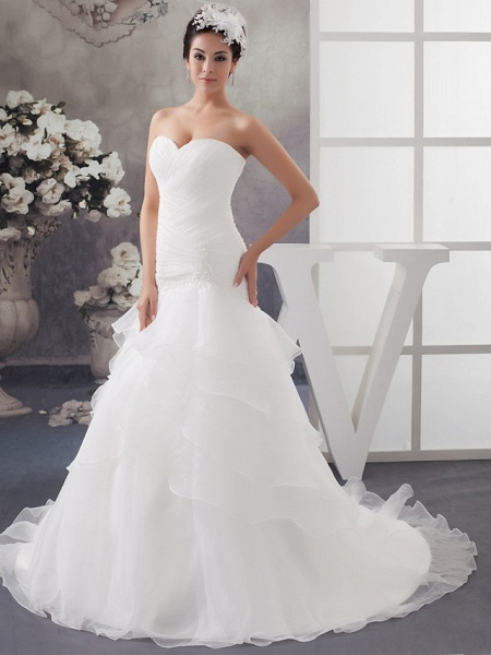 A-Line Sweetheart Neckline Chapel Train Organza Strapless Wedding Dresses_1