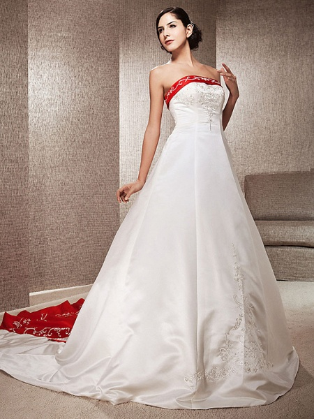 Ball Gown Wedding Dresses Strapless Sweep \ Brush Train Satin Strapless Glamorous Plus Size Red_10