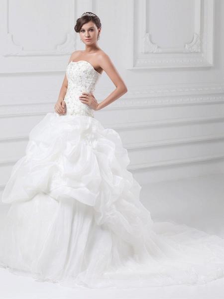 Ball Gown Sweetheart Neckline Chapel Train Organza Satin Strapless Wedding Dresses_2