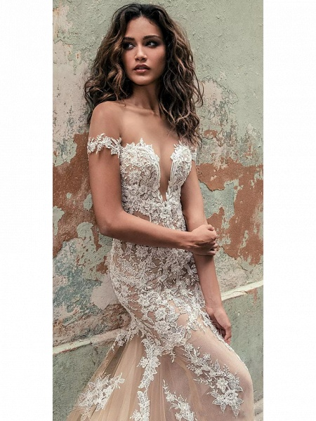 Mermaid \ Trumpet Off Shoulder Court Train Lace Regular Straps Country Formal Casual Wedding Dresses_2