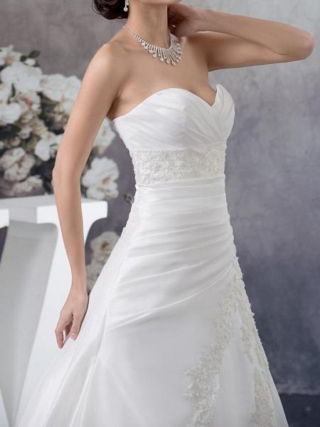 A-Line Sweetheart Neckline Court Train Satin Strapless Wedding Dresses_4