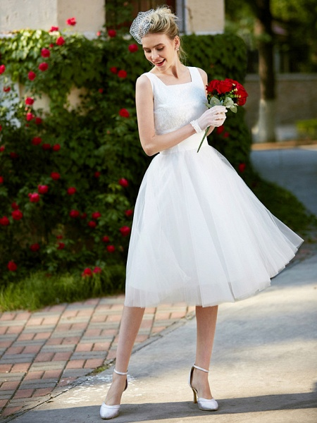 A-Line Wedding Dresses Square Neck Knee Length Lace Tulle Regular Straps Simple Casual Vintage Plus Size Cute_6