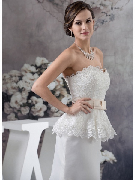 Sheath \ Column Wedding Dresses Sweetheart Neckline Court Train Lace Satin Strapless_5