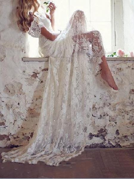 Mermaid \ Trumpet Wedding Dresses V Neck Court Train Lace Taffeta Stretch Satin Short Sleeve Country Plus Size_1